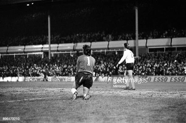 Aston Villa 5 1 Liverpool League Division One match held at Villa Park 15th December 1976