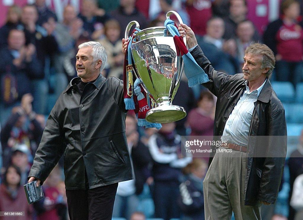 Soccer - FA Barclays Premiership - Aston Villa v Middlesbrough - Villa Park : News Photo