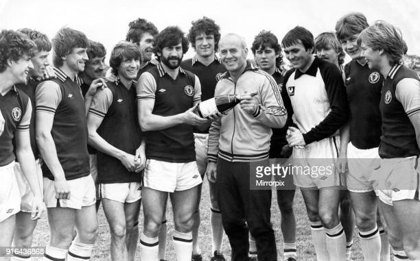 Aston Villa Manager Ron Saunders with his team receives the Evening Mail Sports Personality of the Month award from April His achievement in guiding...