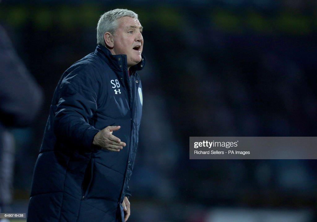 Huddersfield Town v Aston Villa - Sky Bet Championship - John Smith's Stadium : News Photo