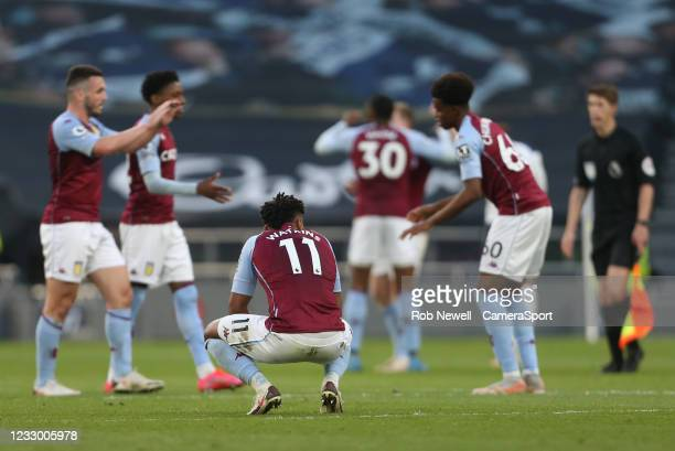 Aston Villa players at the final whistle during the Premier League match between Tottenham Hotspur and Aston Villa at Tottenham Hotspur Stadium on...