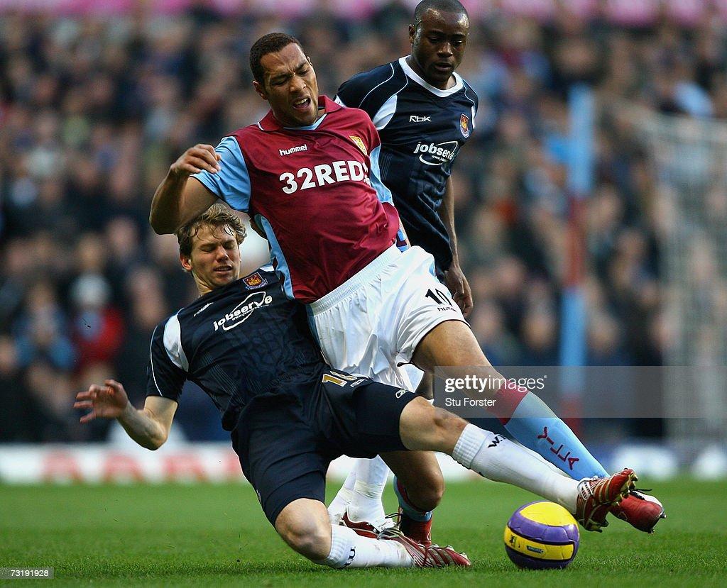 Aston Villa v West Ham United : News Photo