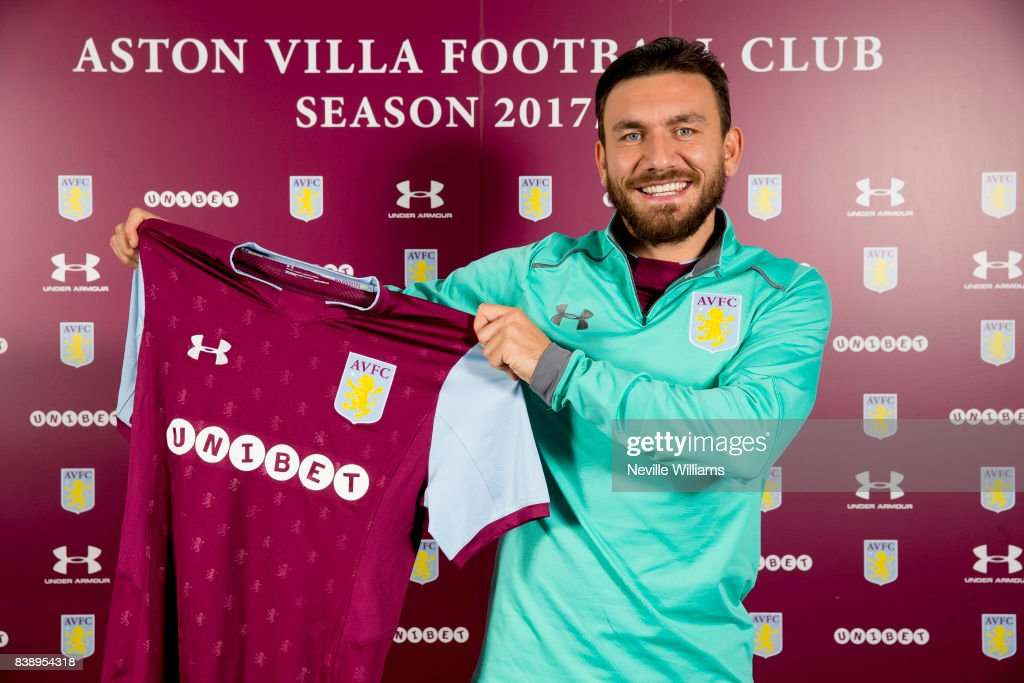 Aston Villa Unveil New Signing Robert Snodgrass