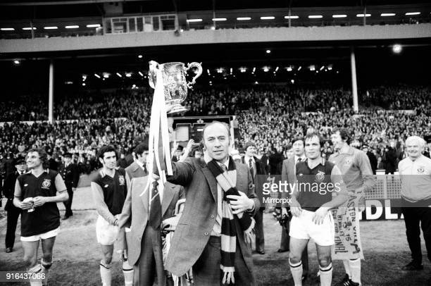 Aston Villa v Norwich City Score 10 to Aston Villa Aston Villa Manager Ron Saunders with the trophy League Cup Final Wembley Stadium 1st March 1975