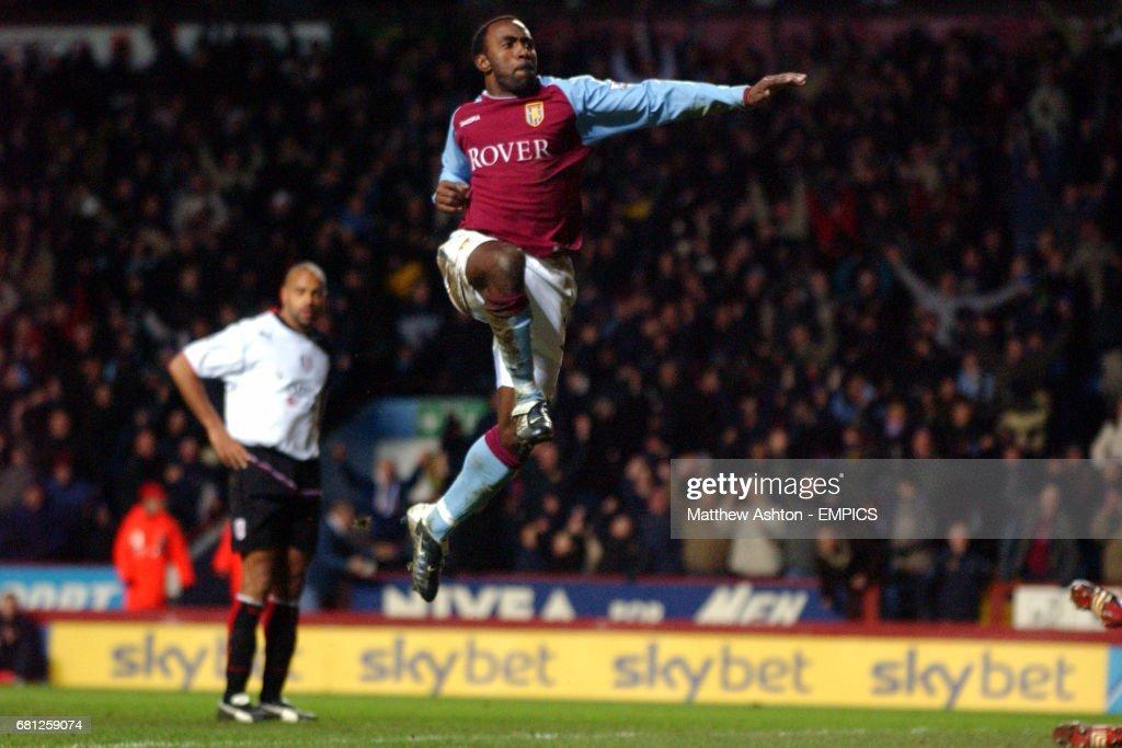 Soccer - FA Barclaycard Premiership - Aston Villa v Fulham : News Photo