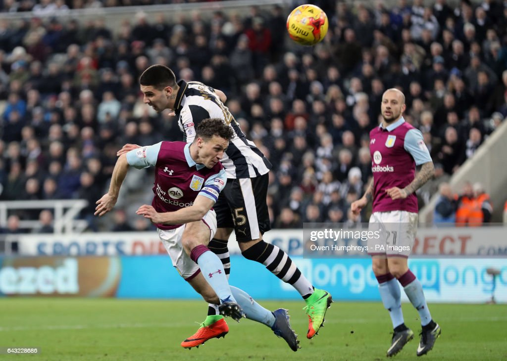 Newcastle United v Aston Villa - Sky Bet Championship - St James' Park : News Photo