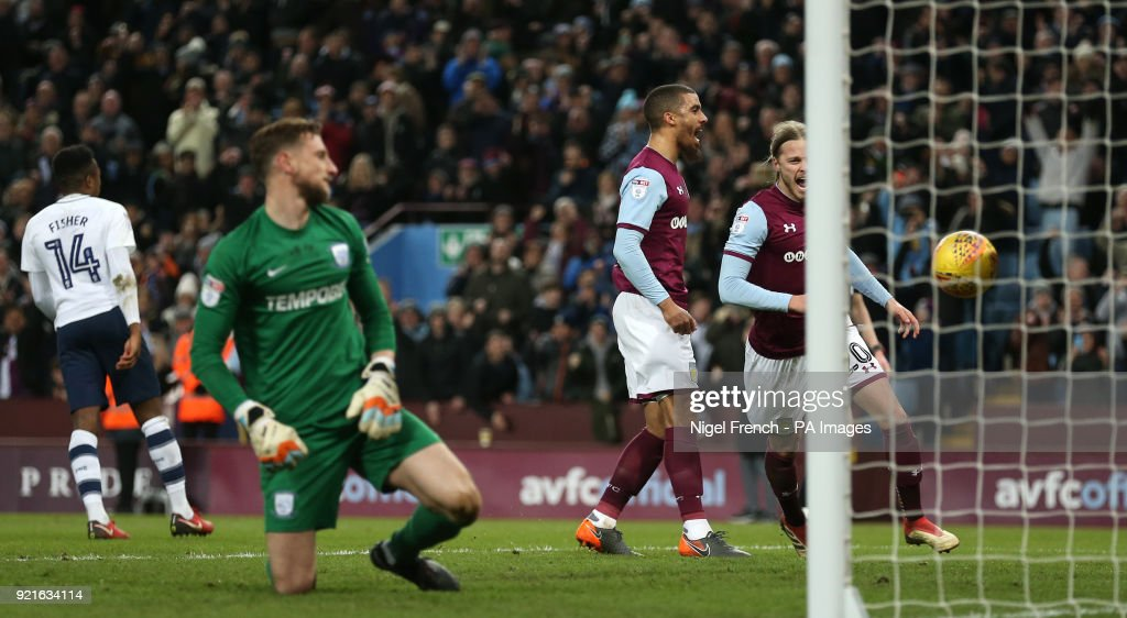 Aston Villa's Lewis Grabban (centre) celebrates scoring his side's first goal of the game during the Sky Bet Championship match at Villa Park, Birmingham.