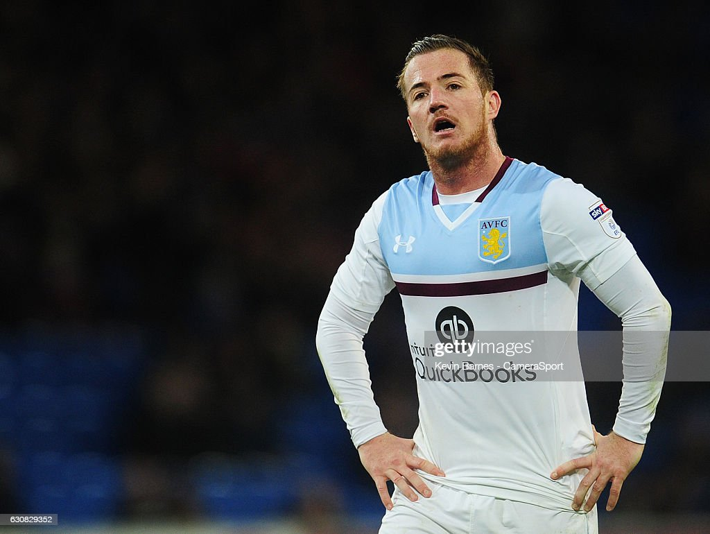 Cardiff City v Aston Villa - Sky Bet Championship : News Photo