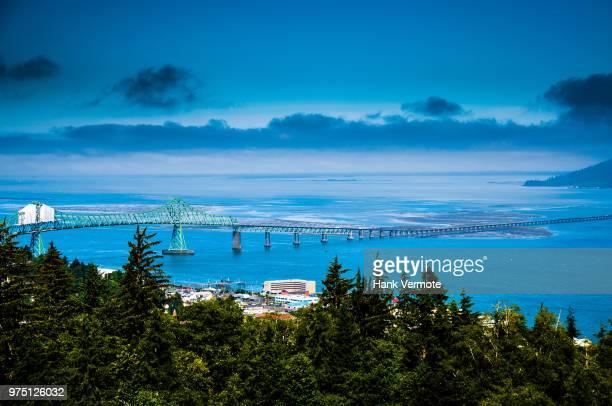 astoria bridge oregon - hank vermote stock pictures, royalty-free photos & images