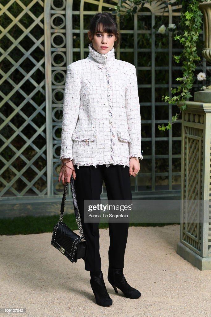 Chanel : Photocall - Paris Fashion Week - Haute Couture Spring Summer 2018 : News Photo