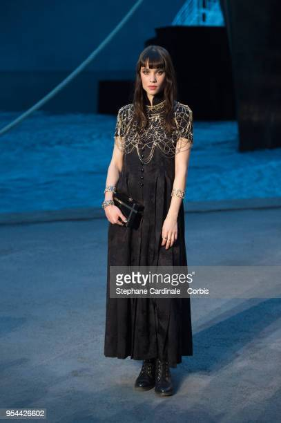 Astrid BergesFrisbey attends the Chanel Cruise 2018/2019 Collection at Le Grand Palais on May 3 2018 in Paris France