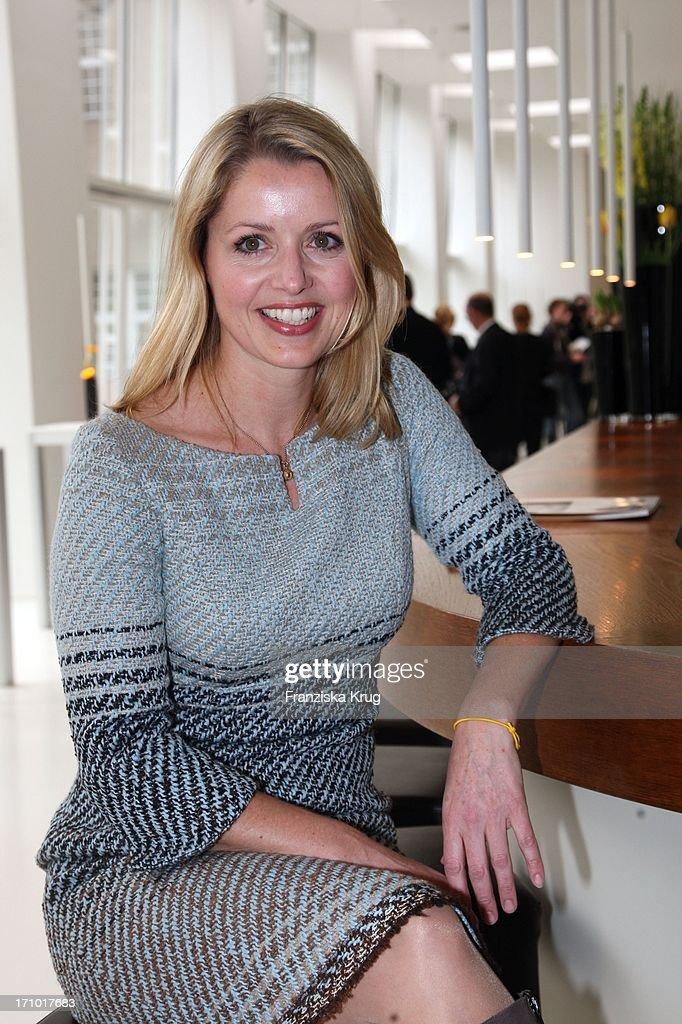 Rooms: Astrid Frohloff Eim 'Dkms Life Ladies Lunch' Im Ellington