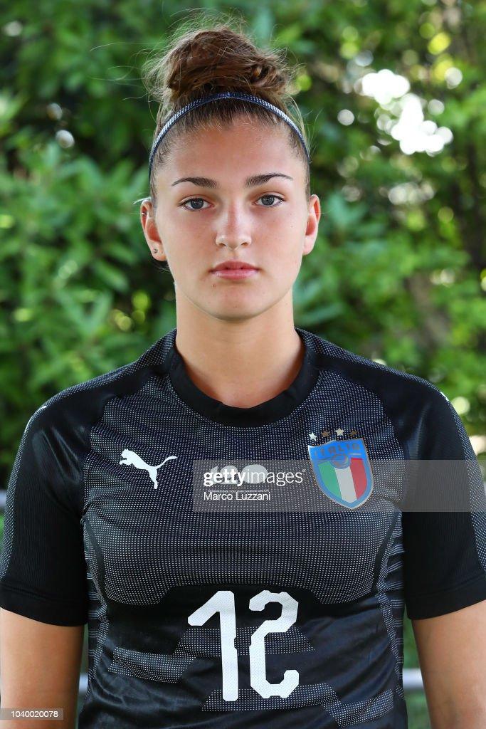 Italy U17 Women Headshots