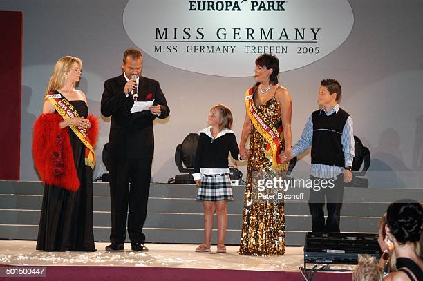 """Astrid Kuhlmann-Brodbeck mit Ralf Klemmer , Ehefrau Ines Kuba-Klemmer und Kinder Max und Paulina, """"Das große Miss Germany-Treffen"""", """"Hotel Colosseo"""",..."""