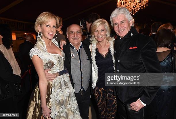 Astrid Soell Axel Munz Frederic Meisner and his wife Ivonne attend the 'Radio Gong 963 Celebrates 30th Anniversary' at Schuhbecks Teatro on January...