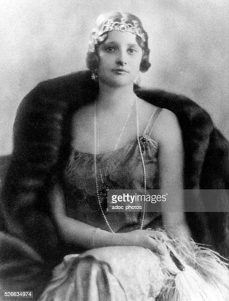 Astrid Sophie Louise Thyra Bernadotte princess of Sweden born in Stockholm Queen of the Belgians by her marriage to the king Leopold III of Belgium...