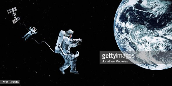 astronaut floating in space image - photo #27