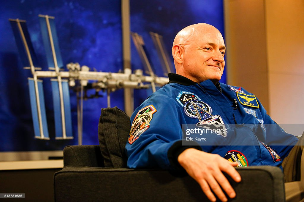 Astronaut Scott Kelly Discusses His One-Year Mission Aboard The ISS : News Photo