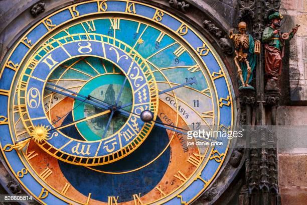 astronomical clock, prague, czechia - astronomical clock prague stock pictures, royalty-free photos & images