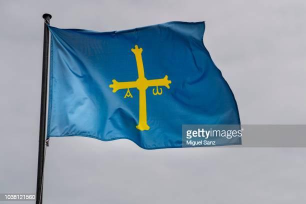 asturias flag waving in the wind - principado de asturias fotografías e imágenes de stock