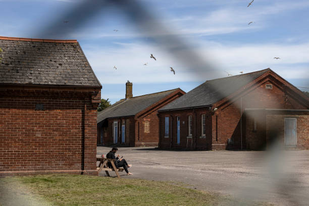 GBR: Asylum Seekers Still Living At Napier Barracks Despite Court Ruling The Accommodation Inadequate