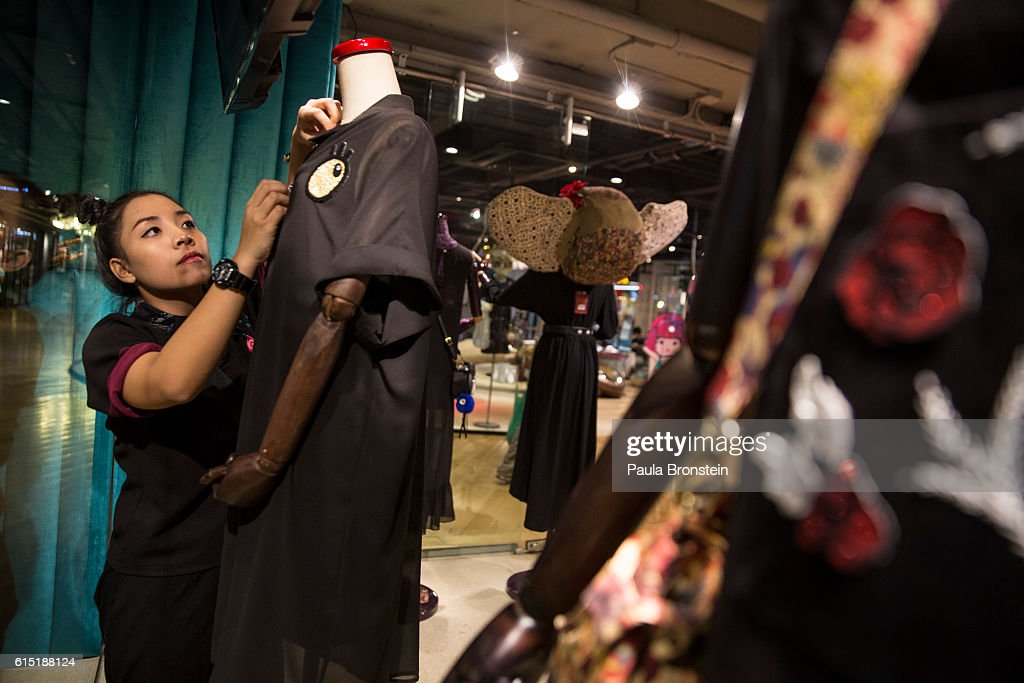 At a local shopping mall shop keeper Porn Ngomsngad dresses mannequins in black honoring the late King on October 17, 2016 in Bangkok, Thailand. Thailand's King Bhumibol Adulyadej, the world's longest-reigning monarch, died at the age of 88 in Bangkok's Siriraj Hospital on Thursday after his 70-year reign. The Crown Prince Maha Vajiralongkorn had asked for time to grieve the loss of his father before becoming the next king as nation waits for the coronation date.