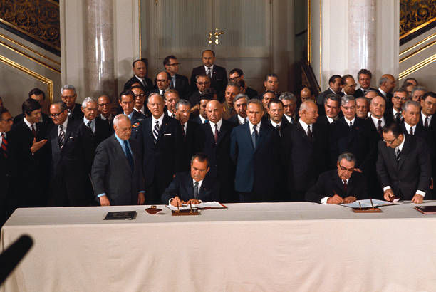 Nixon And Brezhnev Signing Agreement Pictures Getty Images