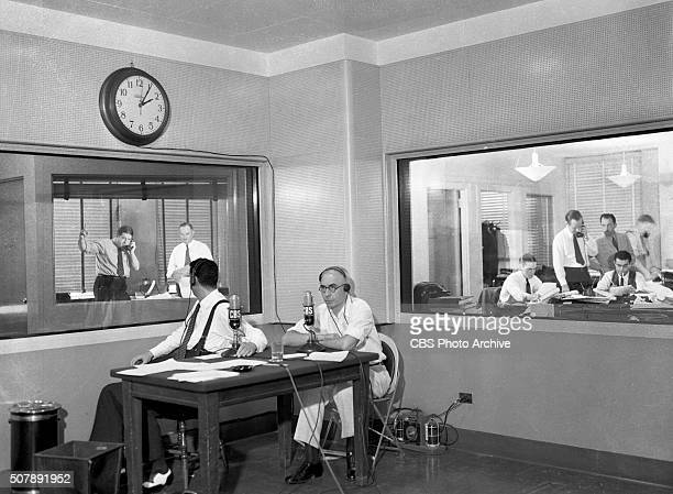 At CBS Radios Studio 9 on the 17th floor 485 Madison Avenue news broadcasting unit The side at left faces news and public affairs director Paul...
