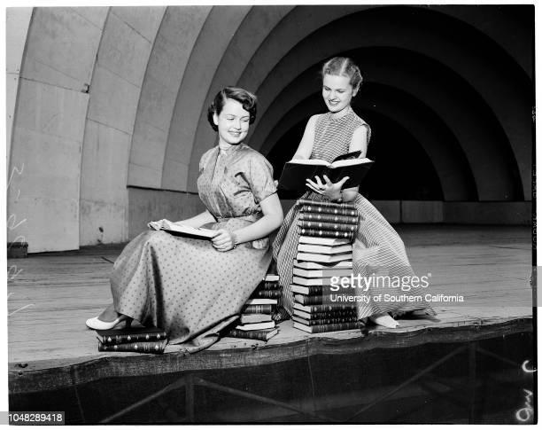 At Hollywood Bowl 6 June 1952 Marlene SchildmeyerMariana Van LoenenBertha PonceRoberta RobertsNancy BeelFae FalvoJeanne WilhelmAnn Robinson 17Ann...