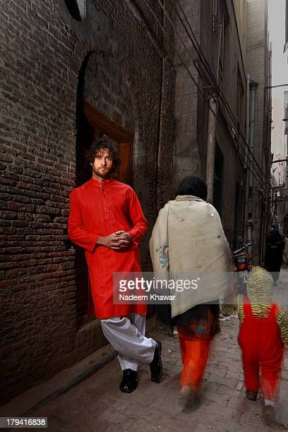 at lahore streets - salwar kameez stock pictures, royalty-free photos & images