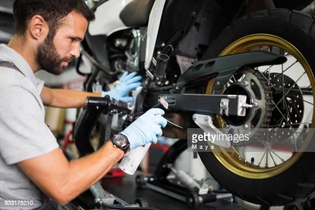 a moto servicess - motocicleta - fotografias e filmes do acervo