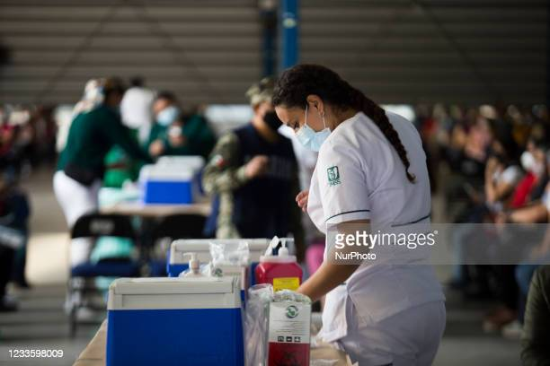 At Palacio de los Deportes of the Iztacalco borough, the vaccination against COVID-19 began for the population between 40 and 49 years old. Attendees...