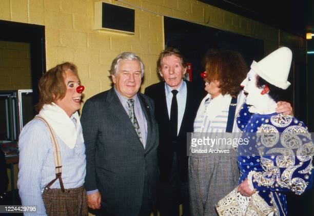 Clown Angelo Munoz Sir Peter Ustinov Danny Kaye and white clown David Shiner at Cologne Germany 1986