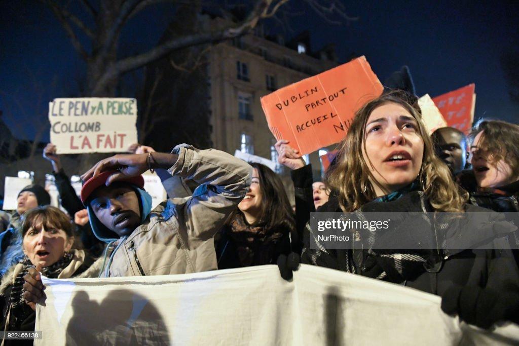 Immigration Law Protest March in Paris : Nachrichtenfoto