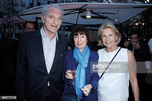 at the evening gala for the 11th price of La Closerie des Lilas 2018 Alain Flammarion Murielle Beyer and Susanna Flammarion are photographed for...