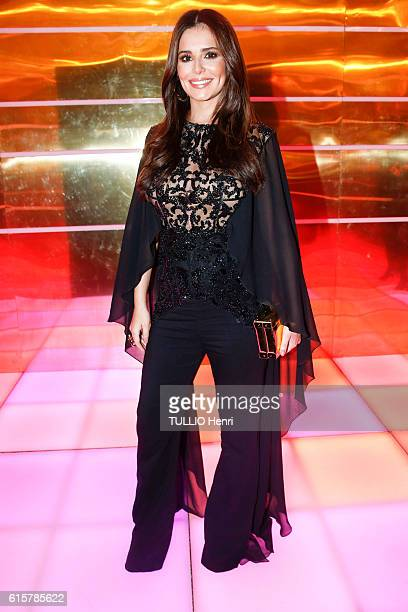 at the evening gala for the new makeup line Gold Obsession by L'Oreal the singer Cheryl Cole poses for Paris Match on october 02 2016 in Paris France