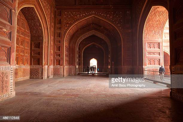 at the jawab. taj mahal. agra, india - interior of taj mahal stock pictures, royalty-free photos & images
