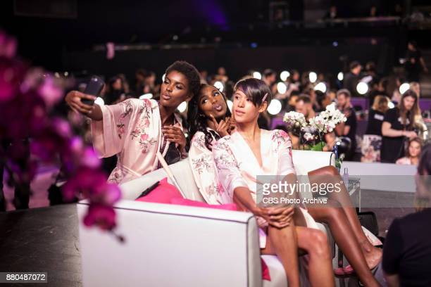 'THE VICTORIA'S SECRET FASHION SHOW' IN SHANGHAI CHINA FOR THE FIRST TIME at the MercedesBenz Arena Broadcasting TUESDAY NOV 28 ON CBS Pictured R to...