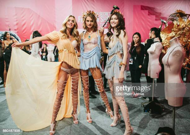 'THE VICTORIA'S SECRET FASHION SHOW' IN SHANGHAI CHINA FOR THE FIRST TIME at the MercedesBenz Arena Broadcasting TUESDAY NOV 28 ON CBS Pictured L o R...