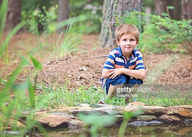 at the pond - ボーダーシャツ ストックフォトと画像