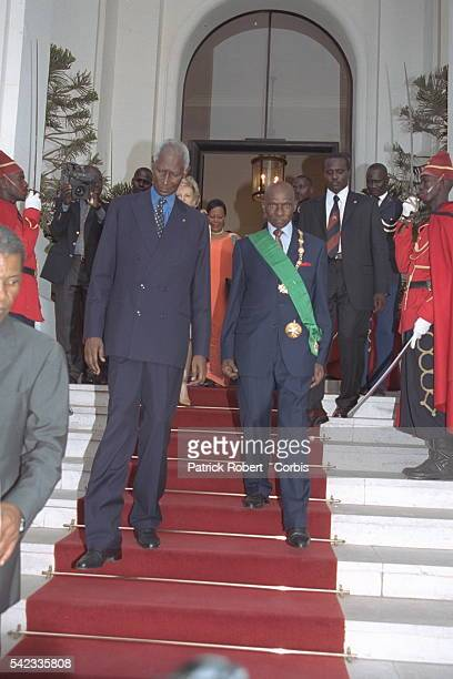 At the presidential palace handing over of power between Abdou Diouf and Abdoulaye Wade