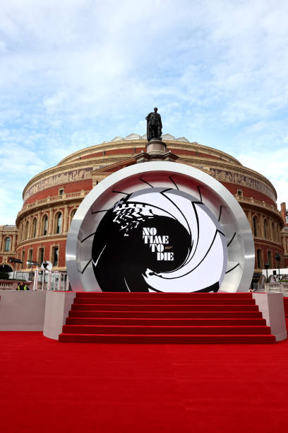 """GBR: World Premiere Of """"NO TIME TO DIE"""" - Red Carpet"""