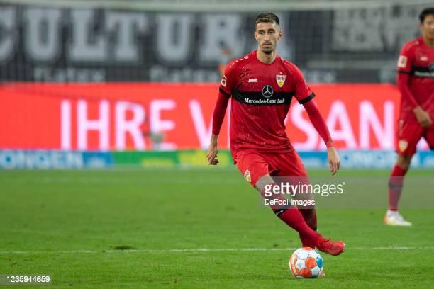 Atakan Karazor of VfB Stuttgart controls the ball during the Bundesliga match between Borussia Mönchengladbach and VfB Stuttgart at Borussia-Park on...