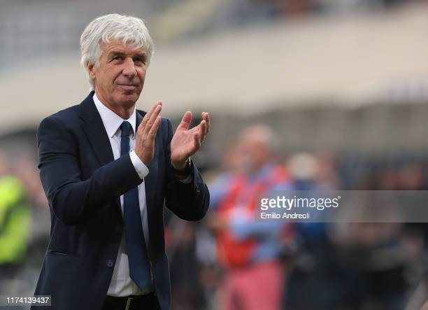 Atalanta BC coach Gian Piero Gasperini greets the fans and celebrates the victory at the end of the Serie A match between Atalanta BC and US Lecce at...
