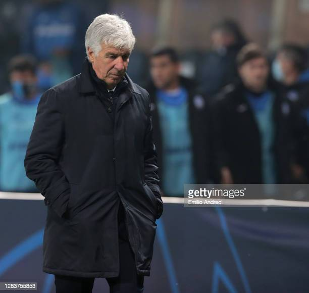 Atalanta BC coach Gian Piero Gasperini looks dejected during the UEFA Champions League Group D stage match between Atalanta BC and Liverpool FC at...