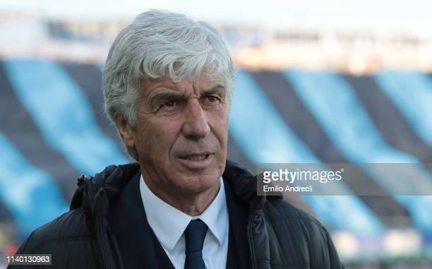 Atalanta BC coach Gian Piero Gasperini looks on during the Serie A match between Atalanta BC and Udinese at Stadio Atleti Azzurri d'Italia on April...