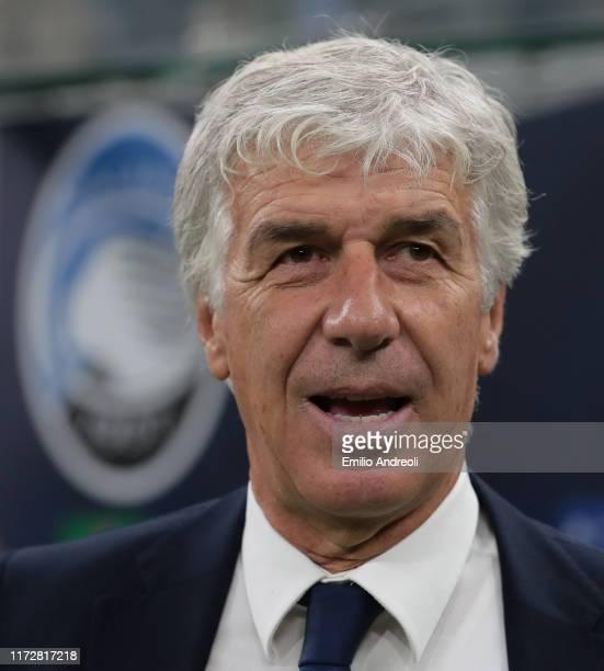 Atalanta BC coach Gian Piero Gasperini looks on during the UEFA Champions League group C match between Atalanta and Shakhtar Donetsk at Stadio...