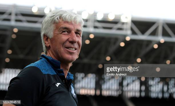 Atalanta BC coach Gian Piero Gasperini looks on prior to the Serie A match between Atalanta BC and SSC Napoli at Gewiss Stadium on July 2, 2020 in...