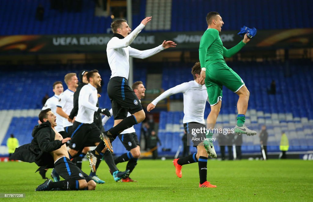 Atalanta celebrate towards their fans after the UEFA Europa League group E match between Everton FC and Atalanta at Goodison Park on November 23, 2017 in Liverpool, United Kingdom.