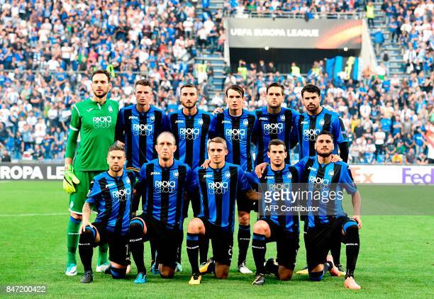 Atalanta players pose prior to the UEFA Europa League Group E football match Atalanta vs Everton at The Stadio Città del Tricolore in Reggio Emilia...